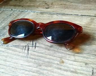 Vintage Brown Tortoiseshell Women's Sunglasses