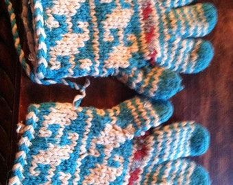 Vintage hand knitted winter gloves size large