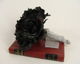 OOAK Corpse Bride Black Rose Dead Flower Zombie Wedding Bouquet