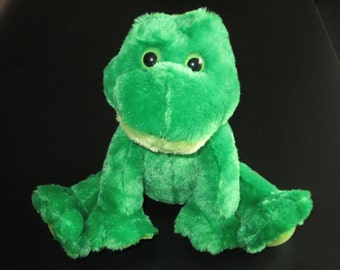 Musical Plush Stuffed Animal - A Very Friendly Green Frog - Your Choice of Song