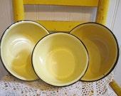 Vintage Yellow Enamel Bowls, Vintage Enamel Nesting Bowls, Vintage Enamel Serving Bowls