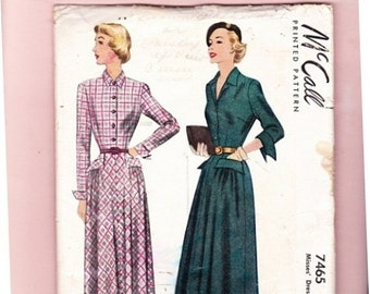 """1940's McCall 7465 Vintage Dress With bias cut skirt Long Sleeves/ Cuffs Pockets Sz 12 Bust 30"""" Two Styles Uncut Sewing Pattern-3ff"""
