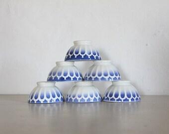 Antique French Cafe Au Lait Bowls, Set of 3 Romantic Bowls, White and Blue  Pattern 1940s