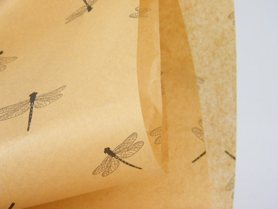 how to make a dragonfly out of paper
