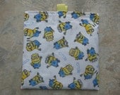 Bello Minions - Reusable Sandwich/Snack Bag with easy open tabs