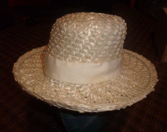 vintage ladies hat white straw like wide brim