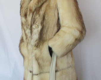Women's Size 8 Fitch Fur Coat, Full Length Fur Coat, Winter Coat, Fashion Fur Coat, Made in Canada by Dave Fur Co of Toronto
