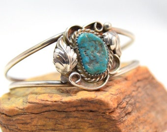 Vintage Sterling  Silver Native American Chunky Turquoise Natural Finish Cabochon with Leaf & Raindrop Detail Cuff Bracelet