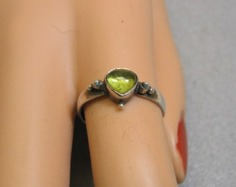 Sterling Silver Peridot Ring, 1970s, Vintage,  Size 7.50