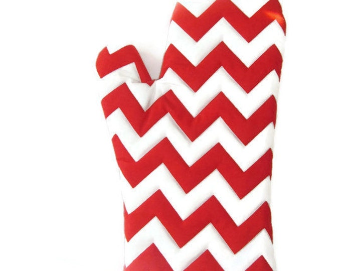 Oven Mitt - Red and White Chevron - Mother's Day Gift - Gift for Foodie - Gift Under 20
