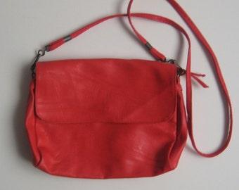Red Crossbody Bag / Vintage Crossbody Bag