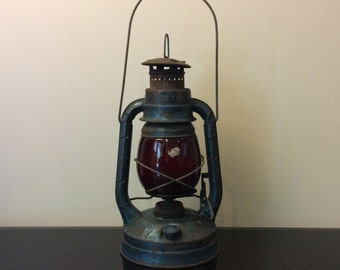 Dietz Little Wizard Lantern with Red Glass Globe