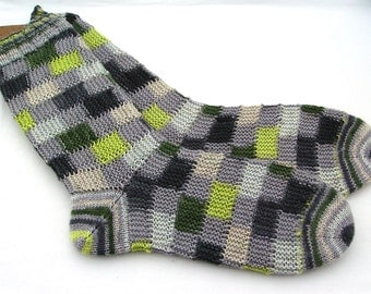 hand knit women's socks UK 5 - 6  US 7 - 9  38 -39 EU