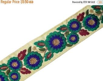 15% off One yard trim/border/ribbon on beige dupioni silk in a flower pattern
