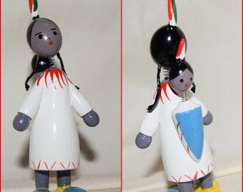Vintage Goula Spain - Wooden Nodder - Cute Indian Girl