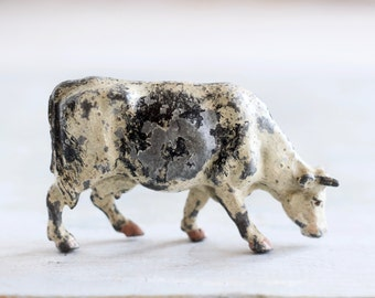 lead Dairy Cow - Grazing - Antique Farm Animal Toy - Iron Cast
