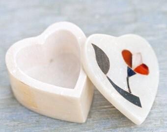 Heart Shaped Ring Holder - Soapstone Trinket Box