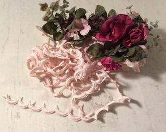 Vintage  Scalloped Pale Pink Trim, Vintage Pale Pink Lace,, Vintage Craft Supplies, Vintage Sewing Supplies