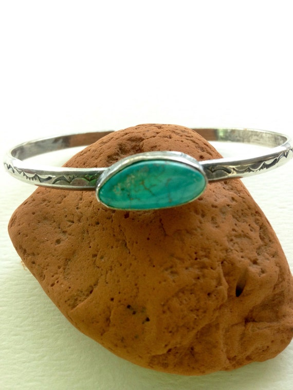Handmade Southwestern Stamped Sterling Silver Gallup New Mexico Turquoise Cuff/Bangle
