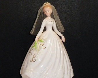 Josef Originals Bride Music Box Rotating Figurine Wedding March Vintage Japan