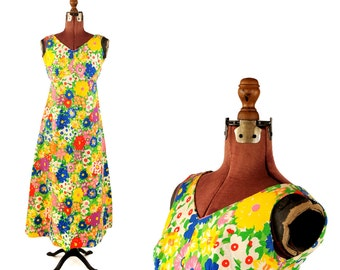 Vintage 1960's Textured Dasily Floral Cotton Multi-Colored Psychedelic Hippie Mod Maxi Dress XS