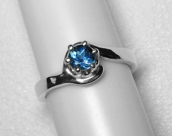 Montana Sapphire Ring in Silver, 4.7 mm