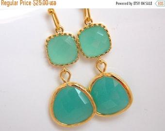 SALE Mint Earrings, Glass, Green Earrings, Gold Aqua Earrings, Mint Green, Bridesmaid Earrings, Bridal Earrings Jewelry, Bridesmaid Gifts