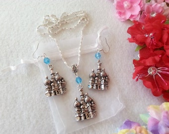 One Thousand and One Nights Set of Necklace and Earrings. Inspired by Princess Jasmine