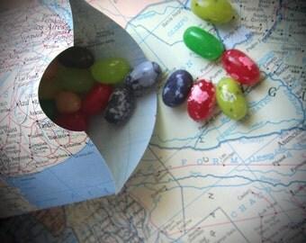 Pillow Box, DIY/KIT, Favor Box, Map Theme, Map Pillow Box, Destination Wedding, Gift Box,From Real Vintage Maps, Map Wedding, Map Favors