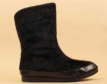 50s 60s Vtg Jet Black Faux Fur Tall Goulash Winter Boot / Red Shearling Lined Leather Toe Yodelers Pull On Comfy Flats 7.5 8 Eu 38 38.5