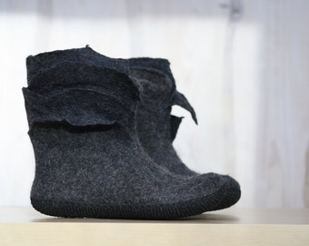 Felted Booties Grey boots Ankle boots Women booties Short boots Woolen shoes Valenki Winter boots Snow boots Handmade boots Organic boots