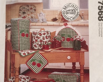 McCall's Home Decorating 7568 Pattern, UNCUT, Copyright 1995, Food Processor Cover, Toaster Cover,Blender Cover,Pot Holder,Casserole Carrier