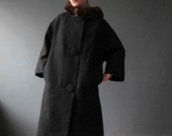 50s 60s Black Worsted Wool Brown Genuine Mink Fur Collar Winter Coat Large Dewees