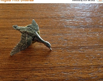 DUCK //// Antiqued Pewter Pin