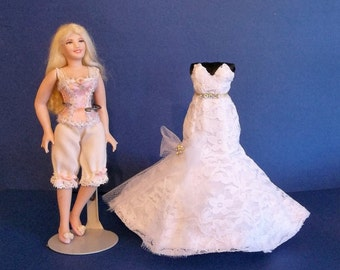 Dollhouse Miniature Wedding Dress 1/12 Scale