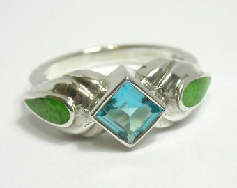 Vintage Blue Topaz & Australian Lime Inlay Solid Sterling Silver Ring ~ Size 5 Woman's Pinky or Girl's