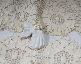 Vintage Lenox Porcelain Angle Brooch New In Box Gold Gilt Harp Lyre