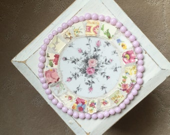 Shabby Cottage Box, Mosaic Jewelry Box -  Broken China  Treasure Box  with a Flower- Recipe Box, Mother's Day Gift
