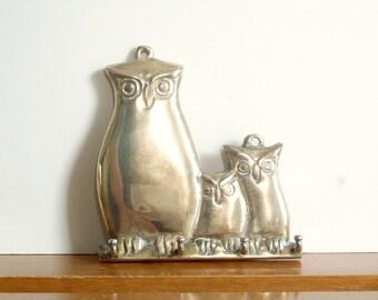 Vintage Brass Owl Key Hook, Wall Hook, Retro Woodland Decor, Brass Hook
