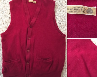Sweater vest cranberry red pockets large 1960's /1970's vintage