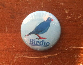 "Bernie Sanders ""Birdie"" 1"" pin back button"