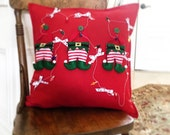 Christmas Pillow Elves Pillow Case Christmas Decoration 20 x 20 Holiday Home Decor Pillow Red Cotton Pillow Cover Decor Christmas
