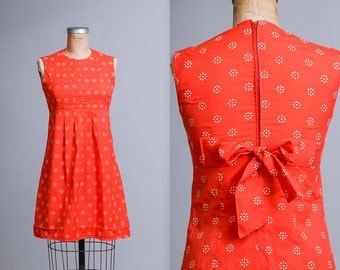 1950s Dolly Dress Floral Red Cotton Empire Waist Tie Back Waist Babydoll Day Dress