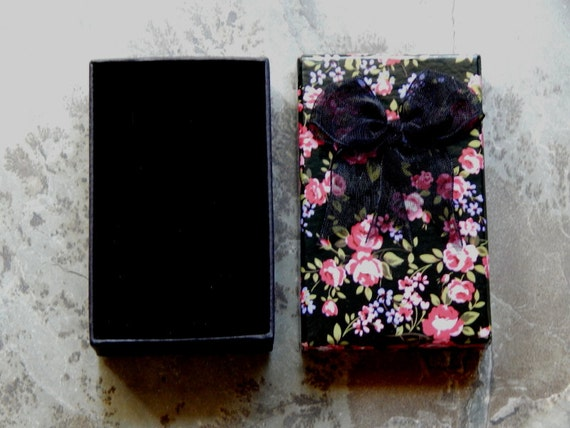 3 25x2 Inch Black Rose Gift Box With Bow And Sponge Insert