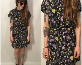 Vintage 90s Black Floral Mini Dress Zip Up Retro Flowers Short Sleeves Size Medium, 9/10