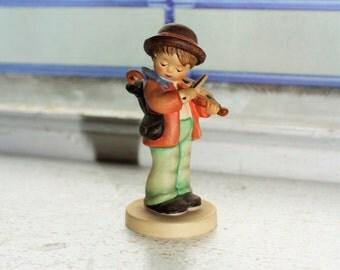 Goebel Hummel 2 4/0 Little Fiddler TMK6