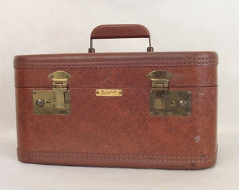 Vintage Dura Built Travel Toiletries Case Train Case Vintage Luggage Vintage Makeup Case Home Decor Storage Brown Leather