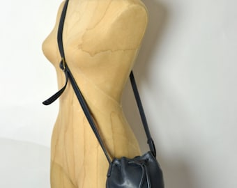 Vintage Ultra Soft Pebbled Leather Bucket Bag - Dark Navy Blue Drawstring Crossbody