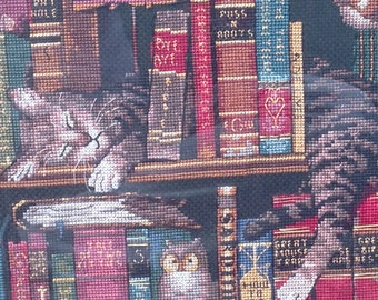 Kitten cross stitch, cat art, library, books, handmade decoration, animal cross stitch, cute animal, home decor, wall art, tabby cat, gift