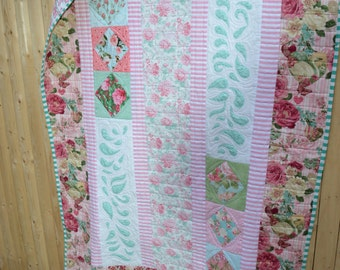 Handmade Cottage Chic Quilt Floral Shabby French Country Traditional RetroCountry Roses Flower Patchwork Large Lap Size Quilt
